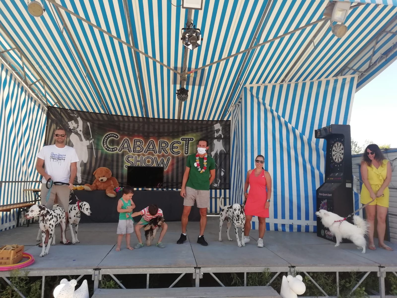 animation-chiens-camping-en-famille-le-port-de-moricq