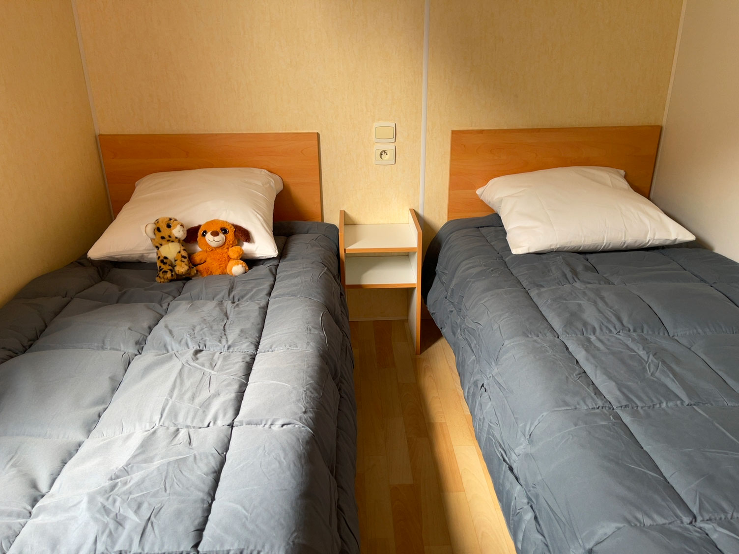 galerie-location-mobil-home-6-8-personnes-evasion-chambre-enfant-bis-camping-moricq