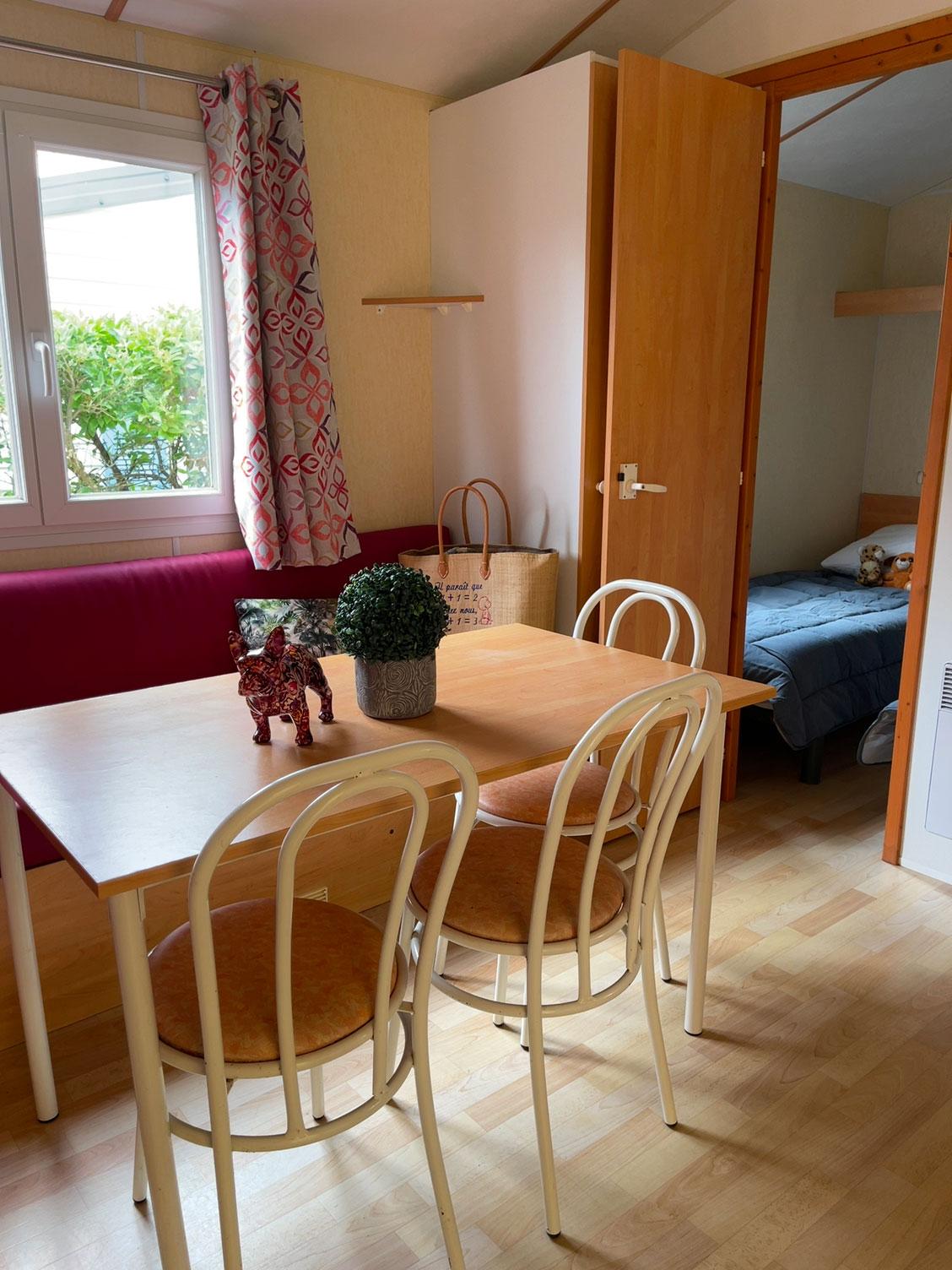 galerie-location-mobil-home-6-8-personnes-evasion-salon-camping-moricq