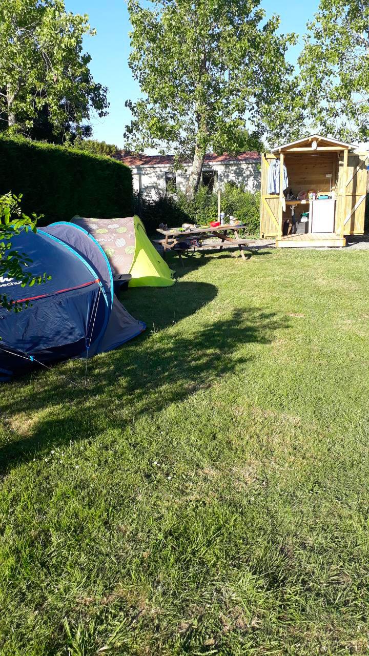 galerie-photos-camping-emplacement-premium-2-le-port-de-moricq