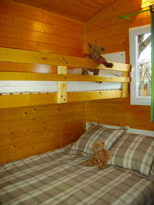 galerie-photos-location-chalet-camping-chambre-6-7-pers-camping-moricq