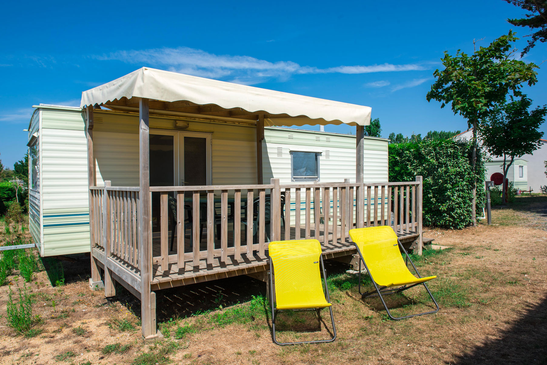 location-mobil-home-4-6-personnes-eco-avec-terrasse-camping-le-port-de-moricq