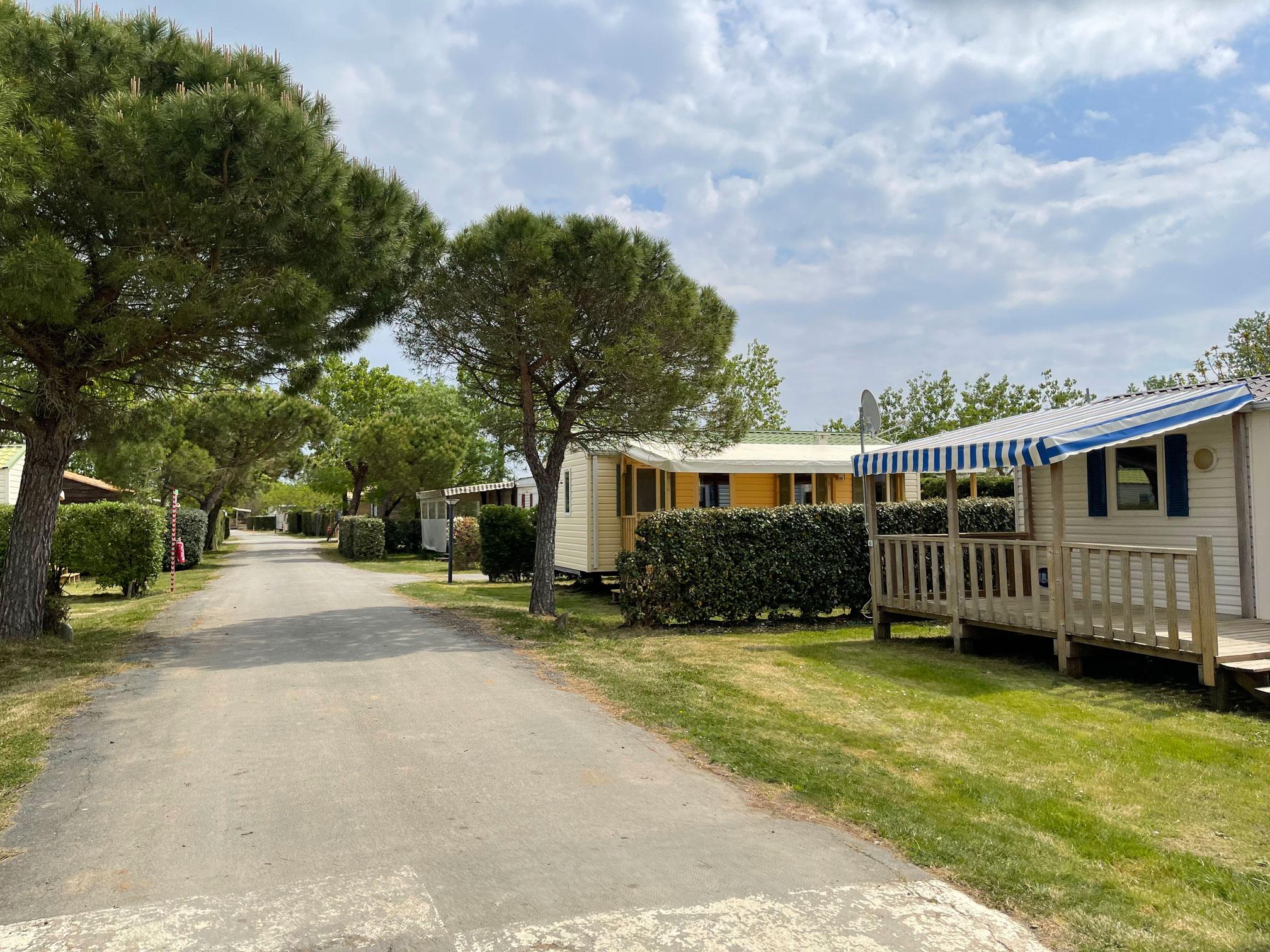 location-mobil-home-6-8-personnes-eco-camping-le-port-de-moricq