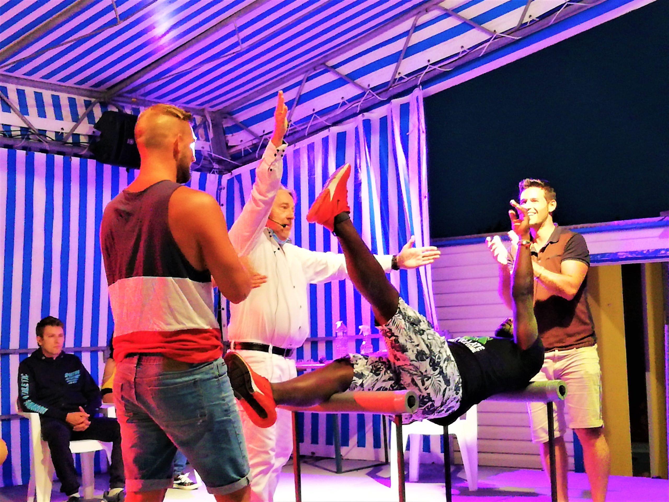 spectacle-hypnose-camping-en-famille-le-port-de-moricq